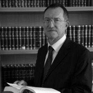 prof-gerhard-werle_quadratisch